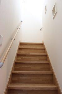 花岡邸 階段
